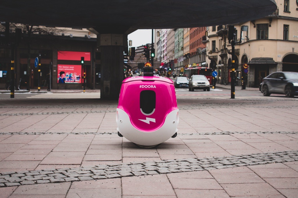 In Stockholm, YAPE and Foodora test home deliveries through to 5G technology